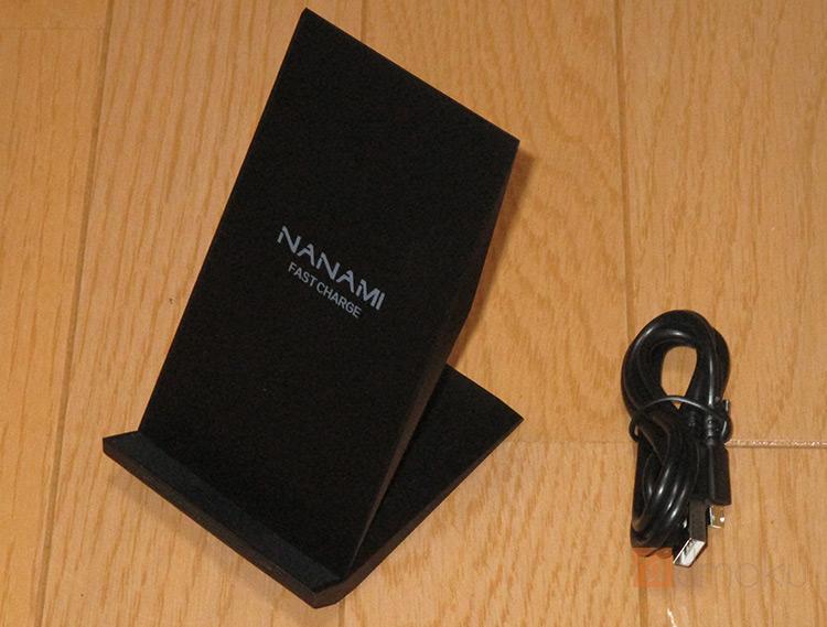 【NANAMI Quick Charge 2.0】iPhoneXをケースをつけたままワイヤレス充電